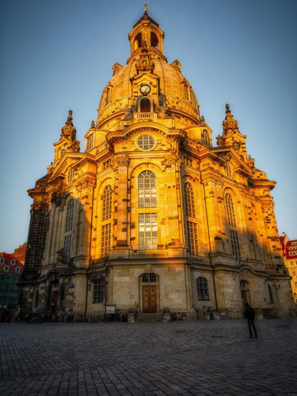 Eingang der Dresdner Frauenkirche